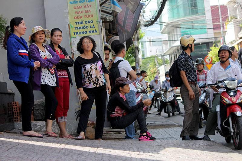 Người Sài Gòn đổ xô đi 'xem mặt' Tổng thống Obama - ảnh 6