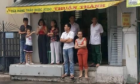 Người Sài Gòn đổ xô đi 'xem mặt' Tổng thống Obama - ảnh 19