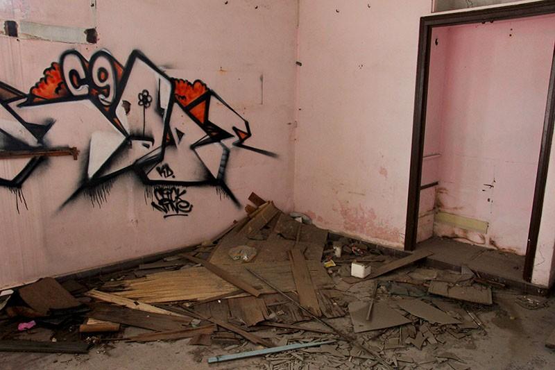 Bên trong chung cư 'ma' sắp được tháo dỡ giữa trung tâm thành phố - ảnh 14