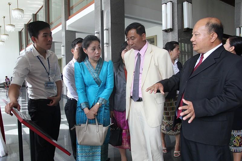 Đoàn tư pháp tỉnh Luang prabang thăm Sở tư pháp TP.HCM - ảnh 17