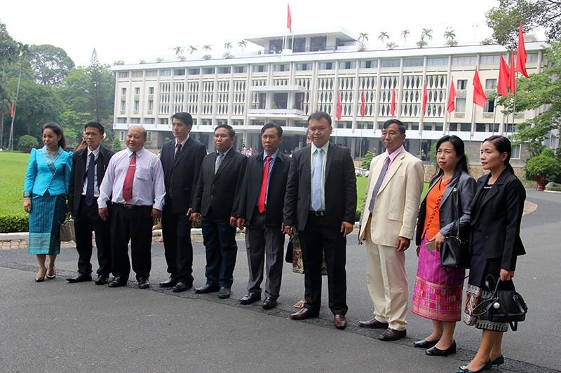 Đoàn tư pháp tỉnh Luang prabang thăm Sở tư pháp TP.HCM - ảnh 19