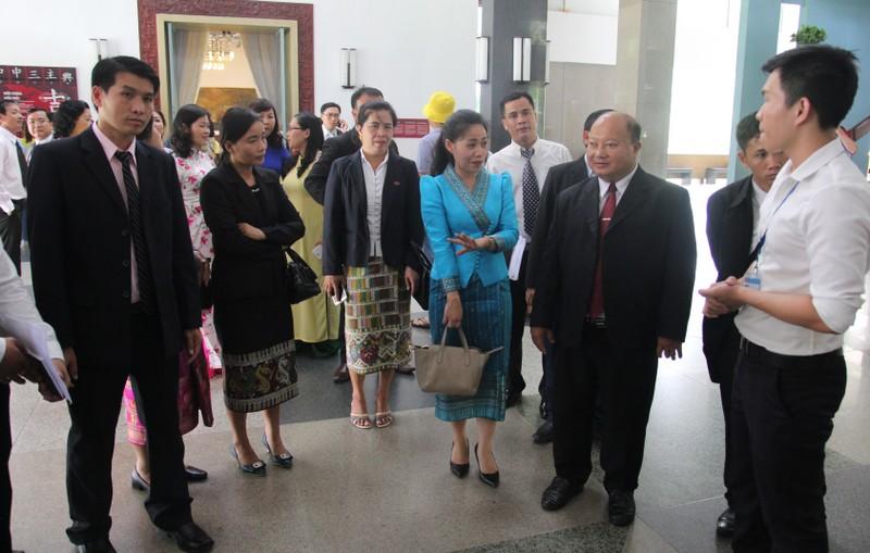 Đoàn tư pháp tỉnh Luang prabang thăm Sở tư pháp TP.HCM - ảnh 14