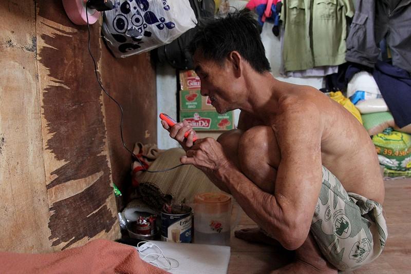 Cuộc sống của 'Đại gia đình' 37 người bán vé số ở Sài Gòn  - ảnh 12