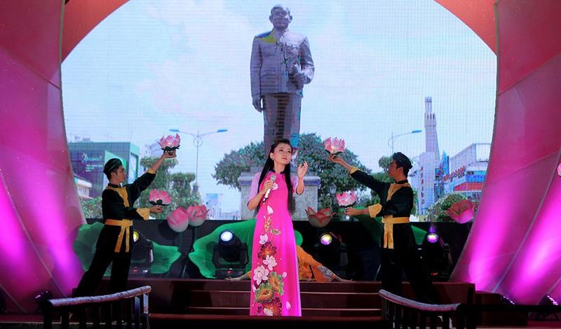 Đặc sắc chương trình kỷ niệm 128 năm ngày sinh Chủ tịch Tôn Đức Thắng - ảnh 4