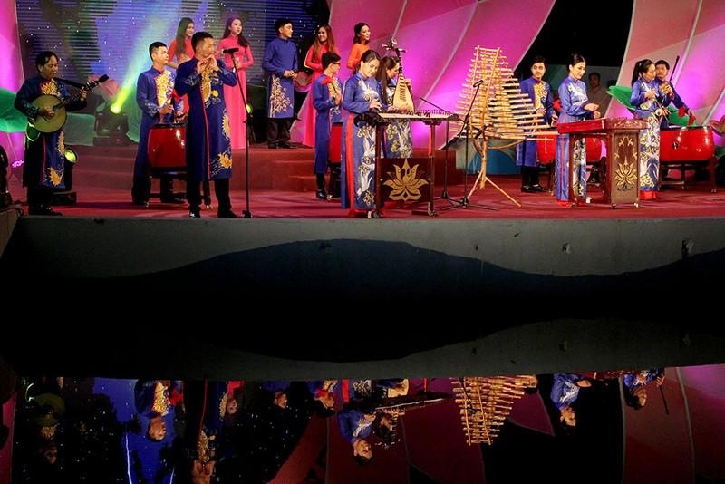 Đặc sắc chương trình kỷ niệm 128 năm ngày sinh Chủ tịch Tôn Đức Thắng - ảnh 8