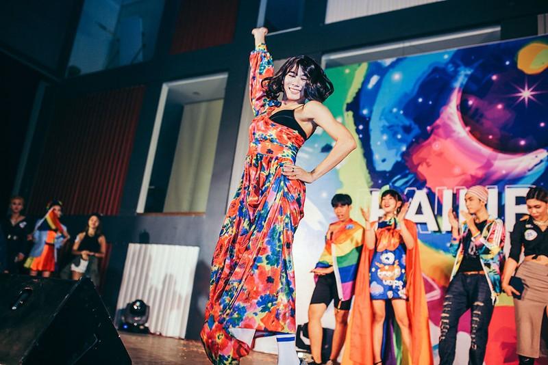 Dàn sao Việt đốt cháy sân khấu mừng 'tết' của cộng đồng LGBT - ảnh 1
