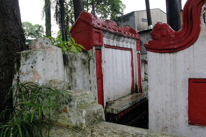 Kỳ bí khu mộ cổ hơn trăm năm trong Công viên Tao Đàn  - ảnh 10