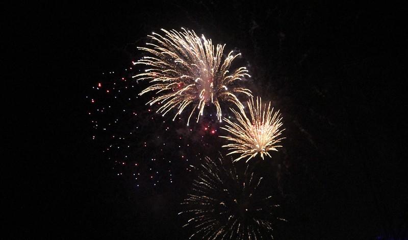 TP.HCM: Chờ đợi hàng giờ để xem pháo hoa mừng ngày Quốc khánh - ảnh 9