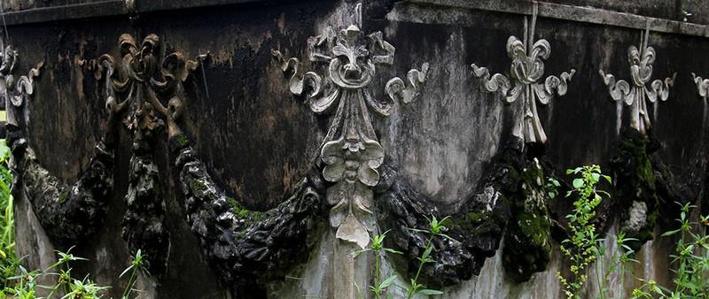Mộ cổ kiến trúc Pháp trong khuôn viên Học viện Chính trị - Hành chính khu vực II - ảnh 6