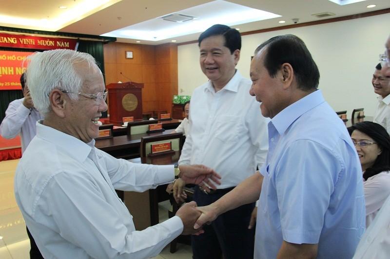 Hai nguyên lãnh đạo TP.HCM chính thức nghỉ hưu - ảnh 5
