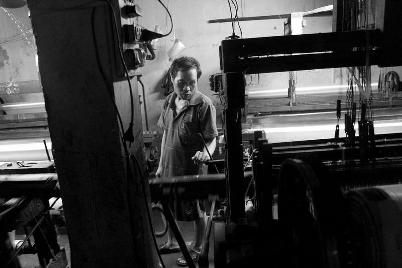 Gia đình hơn 50 năm giữ nghề dệt vải bằng khung gỗ - ảnh 8
