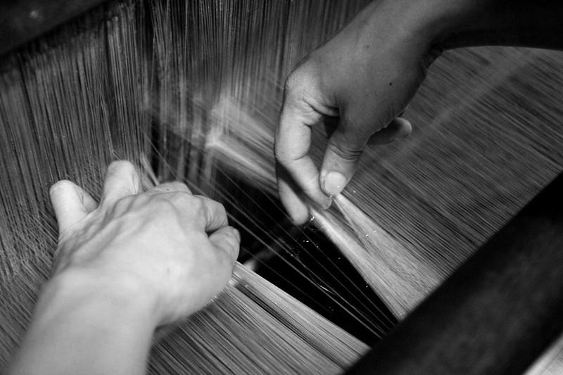 Gia đình hơn 50 năm giữ nghề dệt vải bằng khung gỗ - ảnh 6