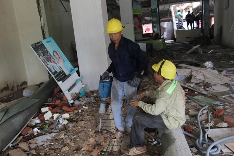 Đang đập Thương xá Tax để xây công trình 40 tầng - ảnh 10