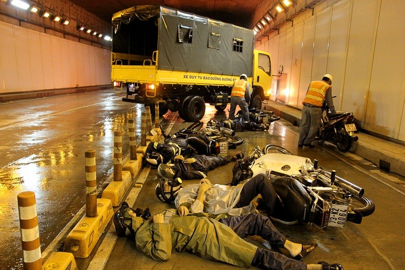 Diễn tập giải cứu 30 người bị tai nạn ở hầm Thủ Thiêm - ảnh 2
