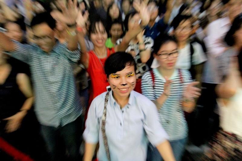 MC Phan Anh cạo đầu cam kết bảo vệ động vật hoang dã - ảnh 10