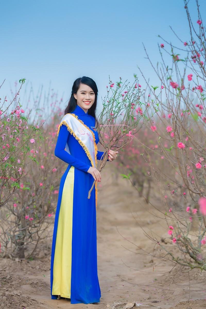 Ngắm Á khôi Nữ sinh viên VN duyên dáng bên hoa đào - ảnh 5