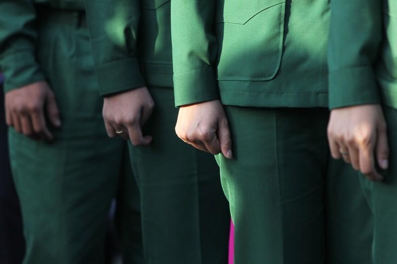 Ngắm nét đẹp của nữ xạ thủ 9x trong lễ giao quân 2017 - ảnh 13