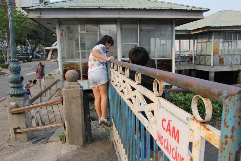 Cảnh điêu tàn trong công viên bến Bạch Đằng - ảnh 15