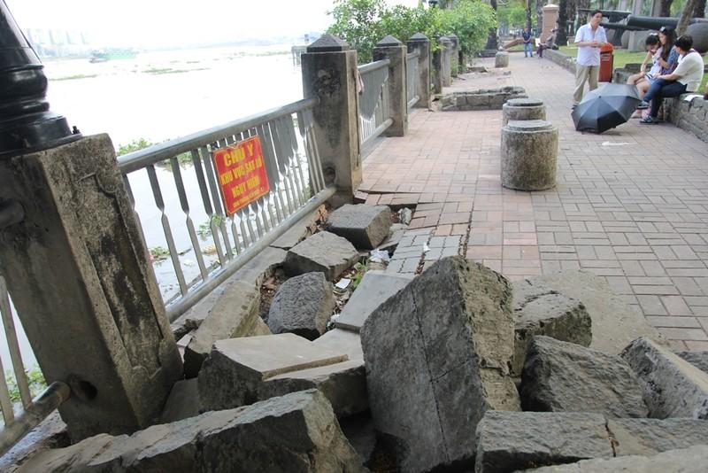 Cảnh điêu tàn trong công viên bến Bạch Đằng - ảnh 2