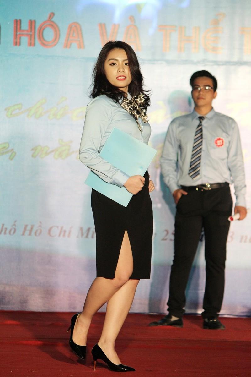 Ngắm bộ ảnh thời trang công sở ngành tư pháp TP.HCM - ảnh 12