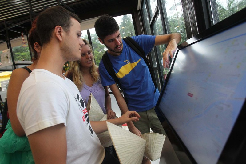 Trạm thông tin 'thân thiện' kéo du khách đến TP.HCM - ảnh 4