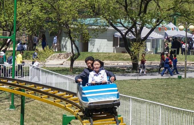 Hình ảnh hiếm hoi trong công viên giải trí ở Triều Tiên - ảnh 2
