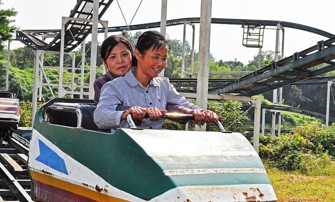 Hình ảnh hiếm hoi trong công viên giải trí ở Triều Tiên - ảnh 3