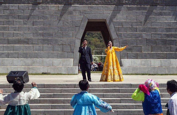 Hình ảnh hiếm hoi trong công viên giải trí ở Triều Tiên - ảnh 8