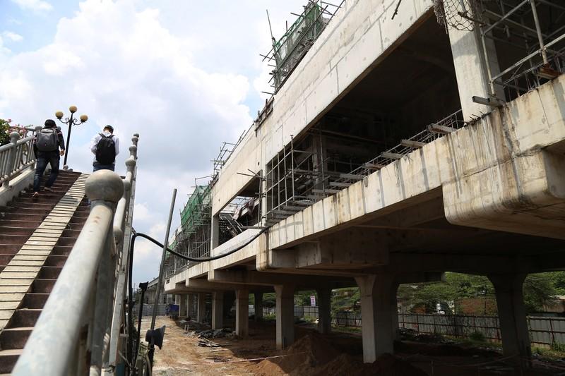 Toàn cảnh tuyến metro số 1 nằm chờ vì chậm vốn - ảnh 3