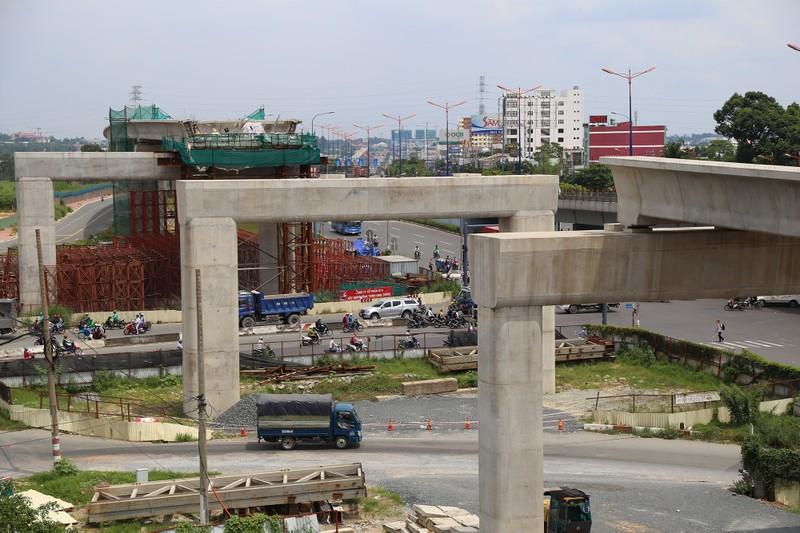Toàn cảnh tuyến metro số 1 nằm chờ vì chậm vốn - ảnh 7