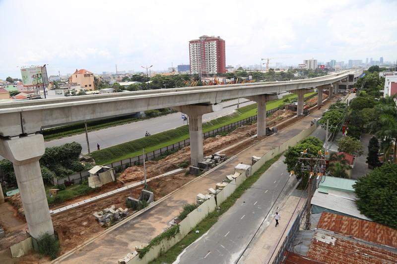 Toàn cảnh tuyến metro số 1 nằm chờ vì chậm vốn - ảnh 8
