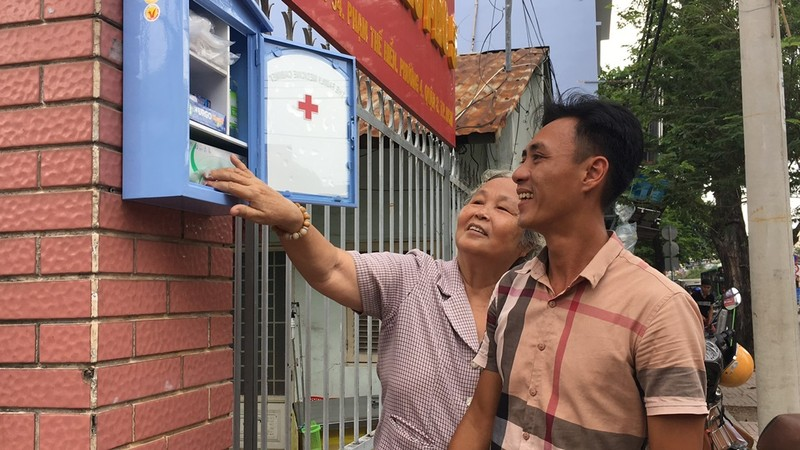 Người Sài Gòn có tủ cứu thương miễn phí  - ảnh 3