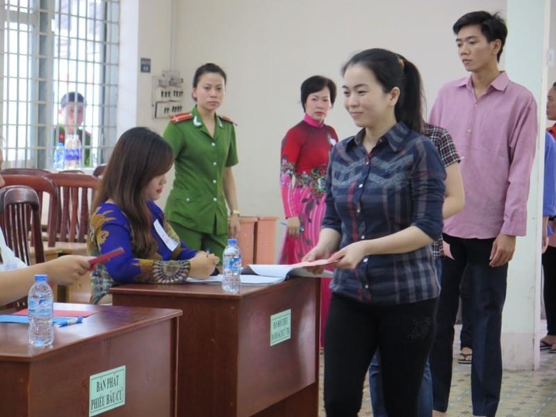 Lần đầu tiên 2.000 can phạm trại Chí Hòa xúc động đi bầu cử - ảnh 3