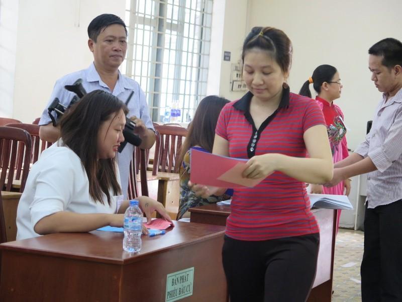 Lần đầu tiên 2.000 can phạm trại Chí Hòa xúc động đi bầu cử - ảnh 4