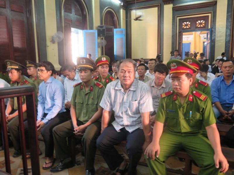 Đại án 9.000 tỉ đồng:  Phạm Công Danh tha thiết gặp cha con Trần Ngọc Bích  - ảnh 1