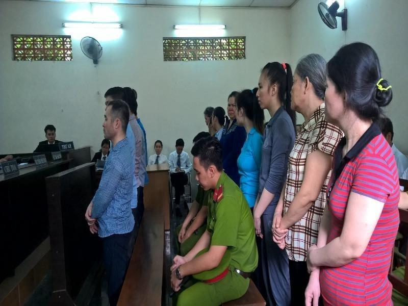 Các bị cáo tại phiên xử ngày 22-8