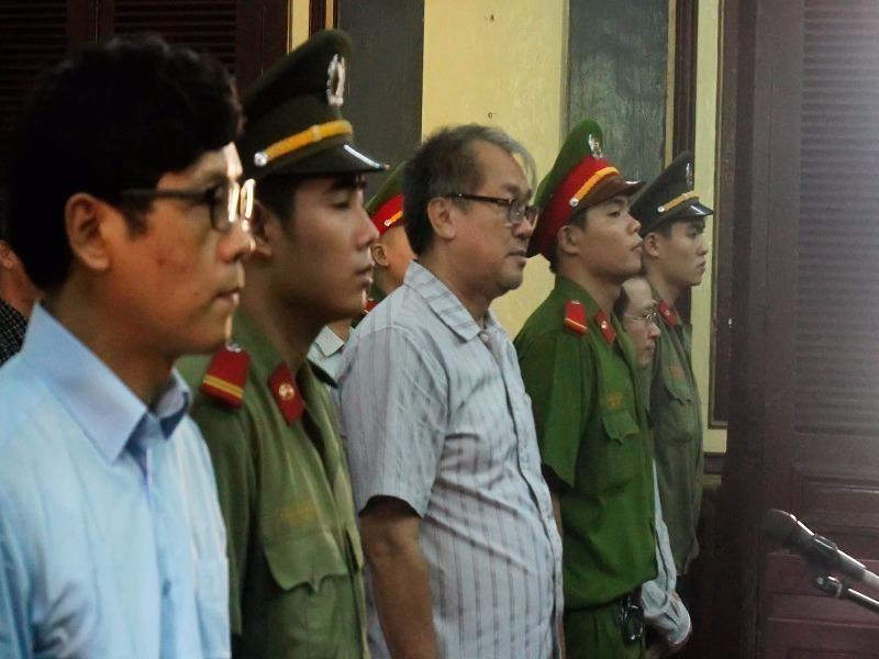 Bị cáo Phan Thành Mai và Phạm Công Danh tại toà
