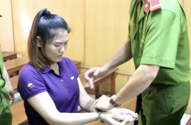 Bị đâm chết vì ấn dao vào tay bạn gái bảo 'đâm anh đi' - ảnh 1