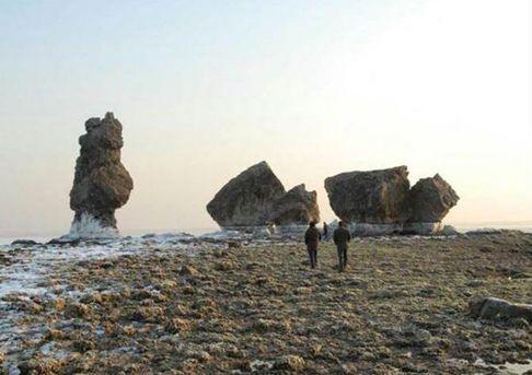 Cung điện cổ của Tần Thủy Hoàng nổi trên mặt biển - ảnh 2