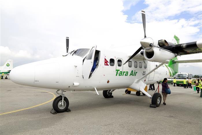 Máy bay chở 21 người mất tích ở Nepal - ảnh 1
