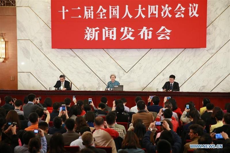Quốc hội Trung Quốc tố Mỹ quân sự hóa biển Đông - ảnh 1