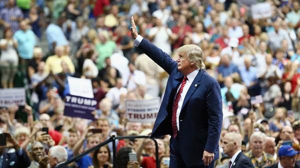 Ai tạo nên Donald Trump 'ngang tàng' ngày nay? - ảnh 3