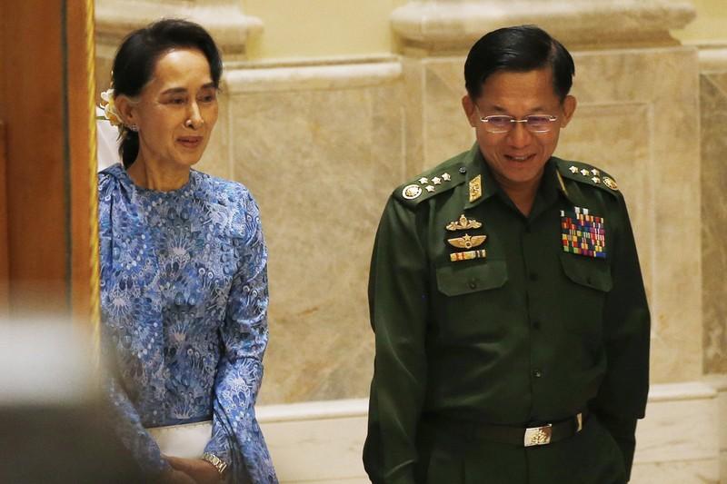 Quốc hội duyệt chức cố vấn quốc gia cho bà Suu Kyi - ảnh 1