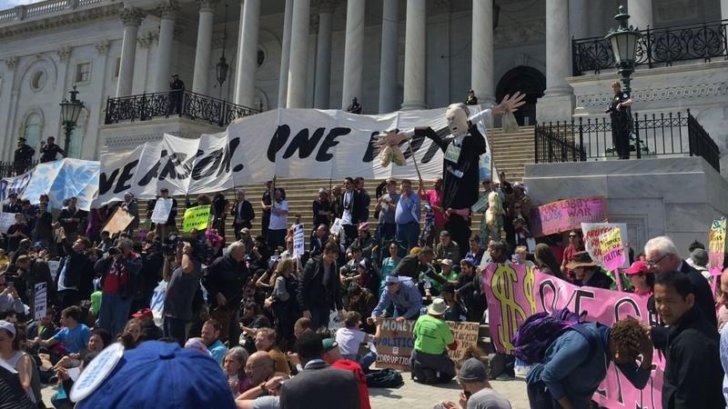 Mỹ bắt 400 người biểu tình Mùa xuân Dân chủ - ảnh 2