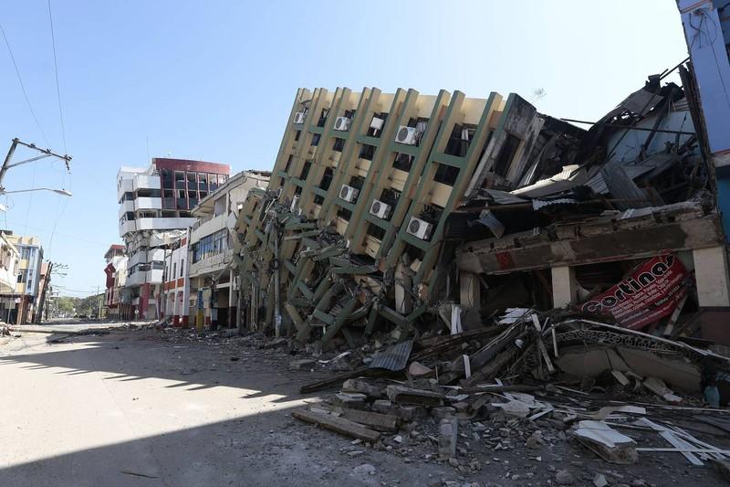 Thêm một trận động đất làm rung chuyển Ecuador - ảnh 1