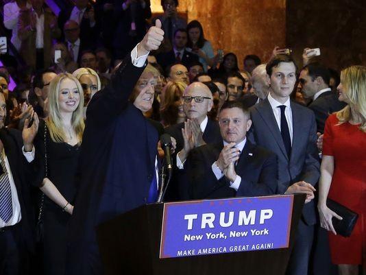 Bà Clinton và ông Trump thắng lớn tại bang nhà New York - ảnh 2