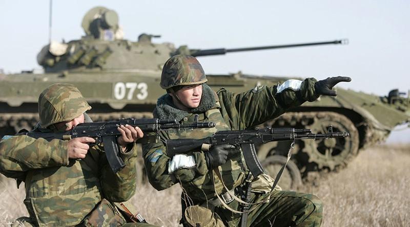 Nga sẽ triển khai 3 sư đoàn đối phó NATO - ảnh 1