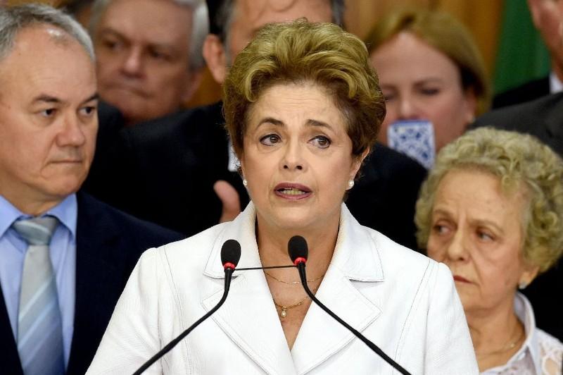 Tổng thống Brazil bị ngưng chức: Quốc tế phản ứng thận trọng - ảnh 1