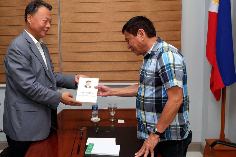 Tổng thống đắc cử Philippines thề lấy lại trật tự xã hội trong 6 tháng - ảnh 1