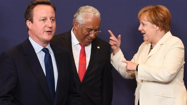 Thủ tướng Anh David Cameron, Thủ tướng Bồ Đào Nha Antonio Costa , Thủ tướng Đức Angela Merkel tại cuộc họp ngày 28-6 ở Bỉ.